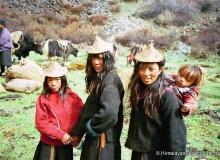 r17i2_bhutanlayappeople